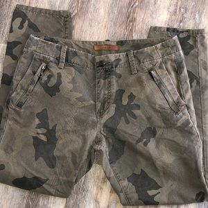 Joe's jeans camouflage print pants trousers Sz 26